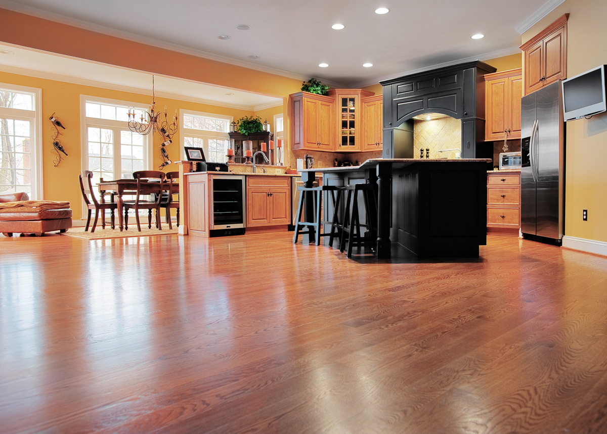 Oak Floor Kitchen Flooring Ideas Between Hardwood Flooring And Laminate